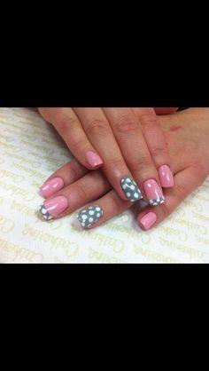 Easy nail. Cute.