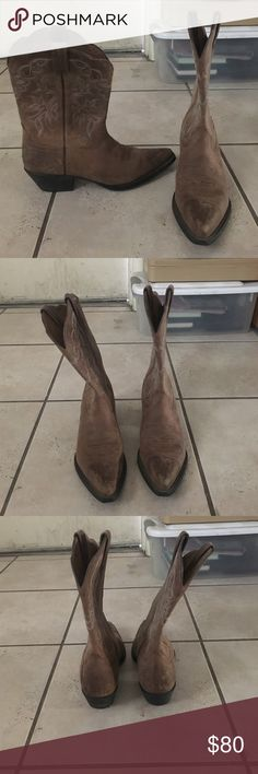 Ariat Cowgirl Boots Ariat cowgirl boots! Us7.5B bought these a year ago and have worn them a handful of times. Ariat Shoes