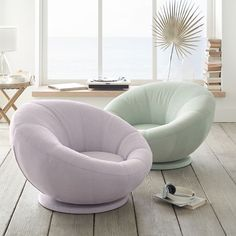 Inspired by everyone's favorite papasan style, this round chair encircles you for hours of relaxation. Cute Room Decor, Teen Room Decor, Room Ideas Bedroom, Girls Bedroom, Bedroom Furniture, Bedroom Decor, Bedroom Chair, Cool Chairs For Bedroom, Bedrooms