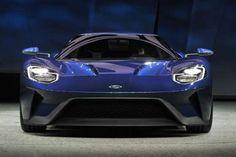 Ford GTTambém lançado no Salão de Detroit e planejado para chegar às concessionárias em 2016, o Ford... - Divulgação