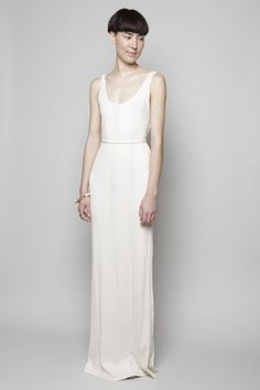 I believe my mother would resent me slightly if I wore this for my wedding. Love its simplicity!