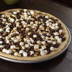 Rocky Road Cookie Pizza- sweet, salty, and chocolate. perfection
