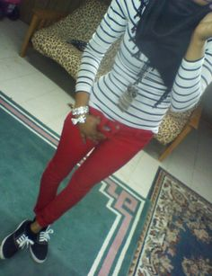 Red skinny jeans & stripes! I have all this in my close including the necklace and scarf! Love!