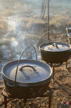 Good cast iron, if taken care of properly, will outlive us all. Kent Rollins, chuck wagon cook and author of A Taste of Cowboy, tells us why cast iron is an essential tool in any kitchen and how to take care of it. Cast Iron Skillet Cooking, Iron Skillet Recipes, Cast Iron Recipes, Fire Cooking, Oven Cooking, Outdoor Cooking, Outdoor Oven, Vegetarian Camping Recipes, Kent Rollins