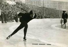 Hjalmar Andersen, populært kalt Hjallis, blir Europamester på skøyter i Helsingfors i 1950. Postkort fra Bislett: Abel, stemplet 1951 Sport, Cold, Deporte, Excercise, Sports, Exercise