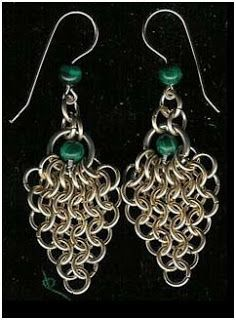 How to Make Easy Chain Maille Earrings Tutorials - The Beading Gem's Journal  #Wire #Jewelry #Tutorial love it! must try! #ecrafty