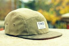 The Worlds Original Face TWO Face London2nd Edition 5 panel cap hatKhaki Corduroy, Tea Green Suede PeakBrown Leather StrapbackSupreme quality only perfect condition.