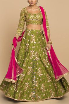 Olive Embroidered Lehenga with Rani Party Wear Indian Dresses, Indian Gowns Dresses, Indian Wedding Outfits, Indian Outfits, Designer Bridal Lehenga, Indian Bridal Lehenga, Pakistani Bridal Dresses, Choli Designs, Lehenga Designs