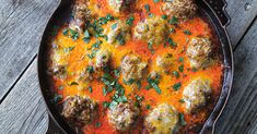 Craving some comfort? Satisfy your cravings these 12 one pot comfort foods with beef. Meat Recipes, Mexican Food Recipes, Cooking Recipes, Meatball Recipes, Healthy Recipes, Beef Dishes, Food Dishes, Main Dishes, Beef Fajitas