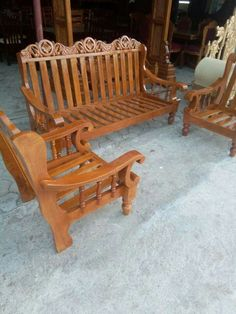 Wooden Sofa Set Designs, Wooden Front Door Design, Furniture Sofa Set, Furniture Decor, Furniture Design, Pooja Room Door Design, Wood Carving Designs, How To Antique Wood, Old Wood