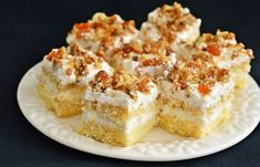 Cake with White Chocolate and Nuts. Cake with white chocolate and nuts (in Romanian) Pavlova, Dessert Recipes, Desserts, White Chocolate, Biscuits, Caramel, Sandwiches, Cheesecake, Food Porn