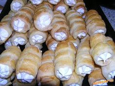 Hot Dog Buns, Hot Dogs, Food And Drink, Bread, Cheese, Cake, Sweet, Desserts, Mini