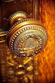 Antique Beehive Doorknob
