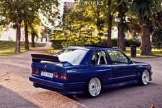 BMW E30 M3  I like - http://extreme-modified.com/