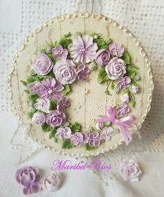 Royal icing flowers Decorated cookies
