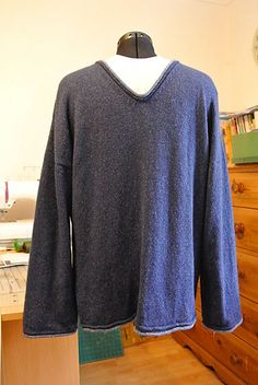 Ravelry: Comfy Jumper pattern by Marianne Cant