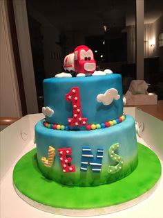 Birthday cake 1 year old boy 1 Year Old Cake, 1 Year Olds, Cakes For Boys, Birthday Cake, Pasta, Baking, Creative, Desserts, Food