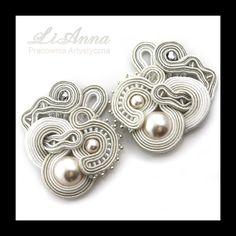 391 sutasz (soutache) ozdoba na buty ślub Soutache Earrings, Ring Earrings, Jewelry Accessories, Jewelry Design, Diy Accessoires, Passementerie, Selling Jewelry, Shibori, Wire Jewelry