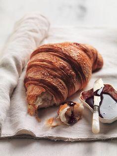 Sweet Life…Bonjour I love Croissant