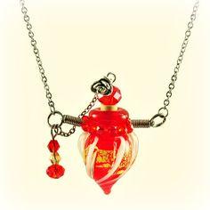 Halskette Twisting, red Aroma-Schmuck Halskette mit Edelstahlkettchen - für Ihre persönliche Aroma-Therapie Necklaces, Christmas Ornaments, Pendant, Holiday Decor, Jewelry, Home Decor, Great Gifts, Neck Chain, Creative