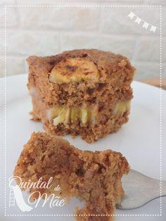Bolo de banana (vegano e sem glúten) - Vegan Sweets, Vegan Desserts, Sin Gluten, Healthy Dessert Recipes, Cake Recipes, Drink Recipes, Vegan Recepies, Cupcakes, Vegan Cake