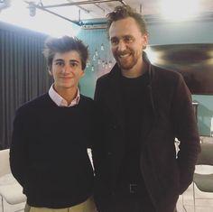 Twitter Loki Thor, Loki Laufeyson, Tom Hiddleston 2017, Tall Guys, Tall Man, New Twitter, Thomas William Hiddleston, Prince Charming, Perfect Man