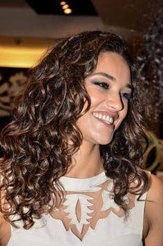 Débora  Natural hair - cabelos cacheados - cachos naturais #naturalhair #naturalcurly #curlyhair #cachos #cachosnaturais #cabelosnaturais