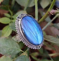 Fashion Bags, Boho Fashion, Vintage Fashion, Statement Jewelry, Gemstone Jewelry, Valentine Day Gifts, Valentines, Bridal Party Jewelry, Labradorite Ring