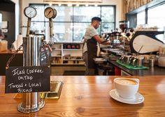 Porque el cafe es un mundo maravilloso, si te dejas llevar puedes descubrir que no todo es tan comercial como en starbucks