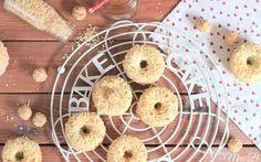 Miss Blueberrymuffin's kitchen: Zum Kaffee: Gefüllte Giotto-Donuts aus dem Backofen