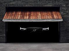 Anche la gamma Volvo XC60, il Suv di classe media più venduto in Europa lo scorso anno, è stato presentato a Ginevra con una variante ibrida plug-in