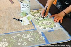 Customize a unique designer rug that shows off your personality with this fun and easy DIY tutorial that uses Chalk Paint, floor stencils, and harlequin design. Painted Rug, Painted Floors, Painting Carpet, Diy Painting, Fabric Painting, Stencil Rug, Stencil Patterns, Stenciled Floor, Tile Crafts