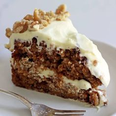 My Favourite Carrot Cake Recipe - My all time favourite Carrot Cake recipe - loaded with grated carrot, crushed pineapple, crunchy walnuts and smothered in cream cheese frosting, this . Cupcakes, Cupcake Cakes, Cake Recipes, Dessert Recipes, Desserts, Baking Recipes, Preacher Cake, Preacher Cookies, Pastries