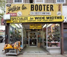 Photographers James and Karla Murray have made it their mission to preserve, at least in print, the rapidly fading world of mom and pop stores throughout New York City. Seven years ago they publish…