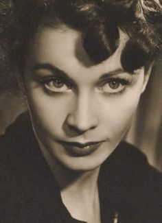 Vivien Leigh photographed by Angus McBean