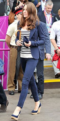 Love the stripes and blazer, jeans are a bit too skinny for me.