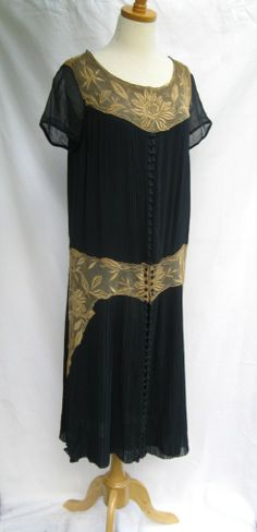 All The Pretty Dresses: Sweet Day Dress 20s Fashion, Art Deco Fashion, Vintage Fashion, Womens Fashion, 1920s Outfits, Vintage Outfits, Day Dresses, Pretty Dresses, 1920s Clothing