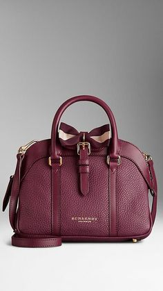 Small Bow Detail Leather Crossbody Bag   Burberry