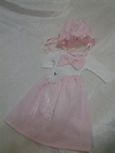 Baby girl gown in pink and bonnet . Take by SOSBoutiqueandBeyond, $30.00