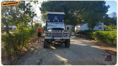 "one-life-live-it-be: ""Rivers ran dry, so the stop at the camping for a shower is inevitable #defender #olli #onelifeliveit (at Parque Campismo Canelas @ Algarve) """