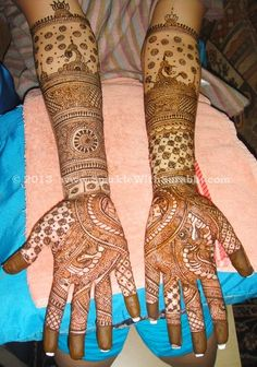 Indian ♥Cruelty Free Beauty and Fashion Blog♥ Sparkle With Surabhi ♥: Karvachauth Diaries - Alta or Mehendi for Wedding?