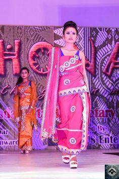 Mekhela Chador, Bodo, Model Pictures, Indian Sarees, Vera Bradley Backpack, Fashion Sketches, Fashion Dresses, Sari, Culture