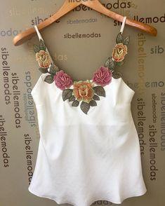 """211 Me gusta, 8 comentarios - Sibelle Modas (@sibellemodas) en Instagram: """"Regata crepe bordado flower R$98,00 Tam P(38) M(40) G(42) Site para compras…"""""""