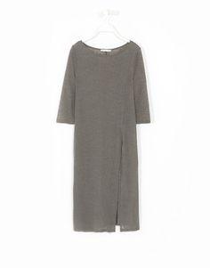 Vestido largo abertura frontal - Lefties 15,99€