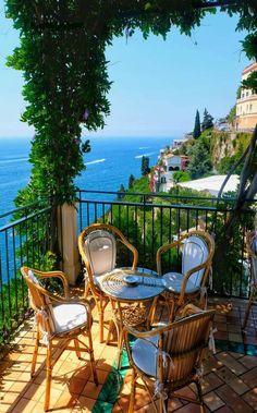 Balcony, Home Decoration katalay.net/home-decoration/ #balcony #homedecor #homedecoration