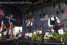 Sur les docks from France rocking Hanse Sail Rostock