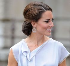 chignon 5 Easy Classy Hairstyles You Can Wear Everyday - Kate Middleton. So classy!