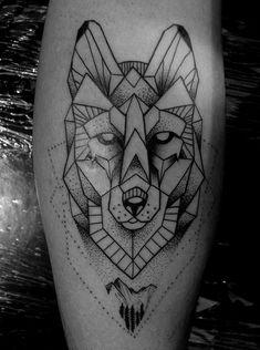 Tatuagem geométrica e pontilhismo de lobo. Veja mais dicas de tatuagens no blog Marco da Moda Wolf Tattoos, Tatoos, Wolf Illustration, Tattoo Designs, Tattoo Ideas, Wolves, Drawings, Art, Geometric Wolf Tattoo