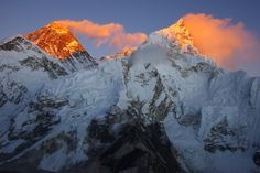 http://www.picturesoftheplanet.com/albums/places/nepal-pictures/mount-everest-top-of-world.jpg
