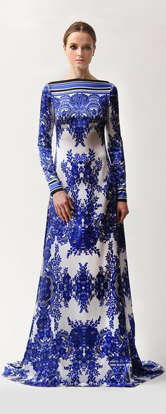 Wow Wow Wow! A Delft dress! The colors would never match me but it's so cool!! Naeem Khan Pre-Fall 2015 ♔THD♔